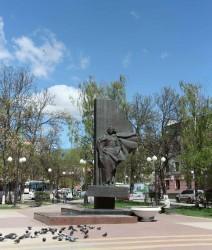 Памятник медсестрам, участвовавшим в Великой Отечественной войне