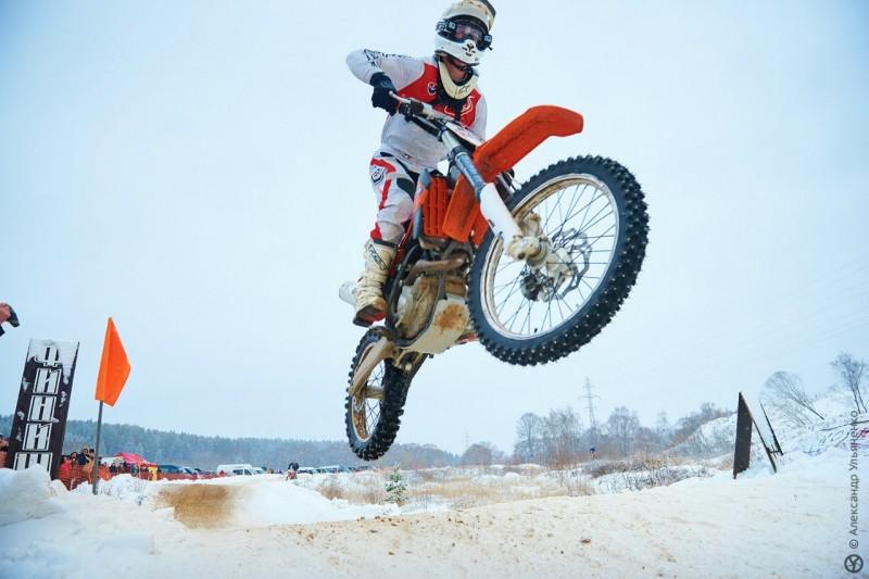 мотокросс фото зимой