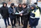 Градоначальник намерен убрать плитку на ул. Кирова и посадить деревья