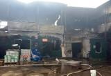 Мега-пожар на складе едва не привел к взрыву газовой станции
