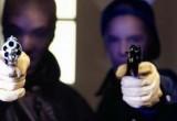 Вооруженные грабители напали на частный дом и чуть не убили хозяйку