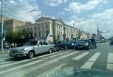Участники автопробега устроили массовое ДТП на улице Кирова