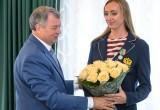 Губернатор наградил участницу Олимпиады 2016 Екатерину Бирлову. Видео и фото
