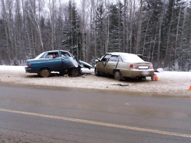 В трагедии наКиевской трассе погибла женщина, трое пострадали