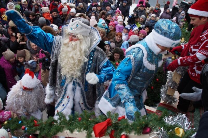Дедушка Мороз дал старт новогодним праздникам вКалуге! Фотоотчет