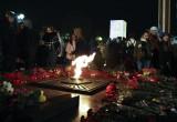 Накануне Дня Победы сотни калужан зажгли свечи памяти. Фото