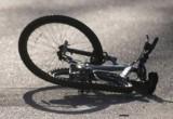 Ребенок на велосипеде попал под колеса машины