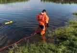 Спасатели очистили калужскую реку от неизвестного вещества