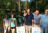 Представители власти провели уборку мусора около реки Желовь