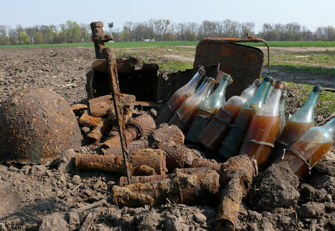 "В Малоярославце обезвредили более 30 бутылок ""коктейля Молотова"""