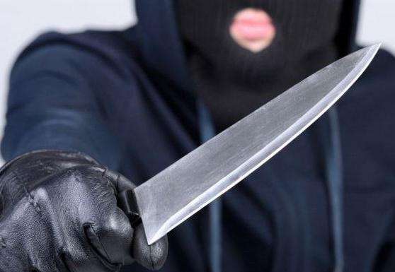 Молодой калужанин с ножом ограбил офис на Кирова