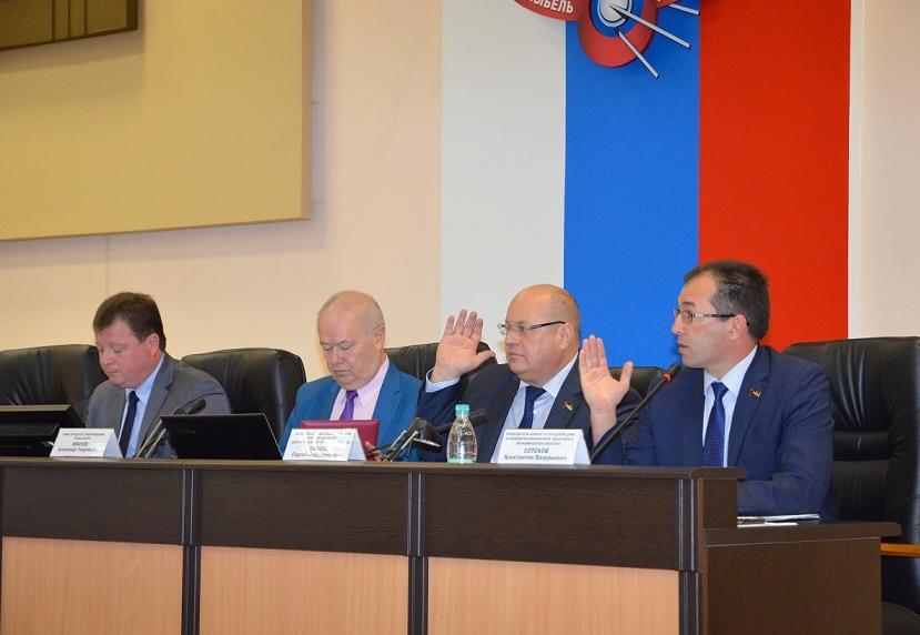 Депутаты одобрили предложения по изменению тарифов на вывоз ТБО