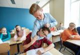 """На заседании правительства обсудили пути борьбы со школьной """"дедовщиной"""""""