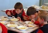 Воспитанников школы-интерната кормили некачественными продуктами