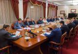 Анатолий Артамонов предложил развивать волонтерские движения для предотвращения экстремизма
