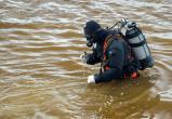 Водолазы достали из реки труп мужчины