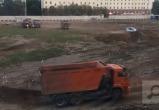 Работа нон-стоп: на стройке Дворца спорта продолжаются ночные работы