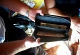Калужская полиция задержала мужчину с подозрительными деньгами