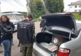 Двое полицейских заключены под стражу по подозрению в получении взятки
