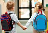 Малышам в трудной жизненной ситуации бесплатно раздадут школьные ранцы