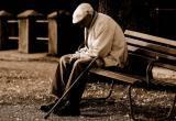 Грабитель сорвал медаль с груди 86-летнего пенсионера