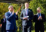 Артамонов вручил студенческие билеты обнинским первокурсникам