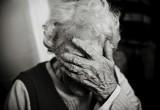 Пенсионерка-инвалид лишилась наследства из-за сиделки