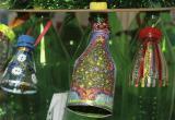 Новогоднюю елку украсят игрушки из вторсырья