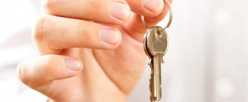 Калужанка оплатила долги по кредитам, чтобы продать дом